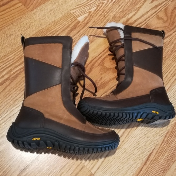 d83e4ff7081 NWOT UGG Mixon Waterproof Winter Boots 5.5 1013474